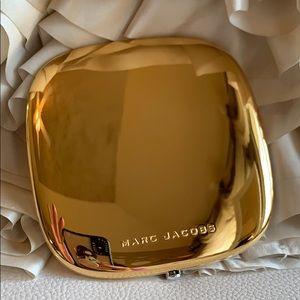Other - Marc Jacobs Omega Glaze 79 Gilty